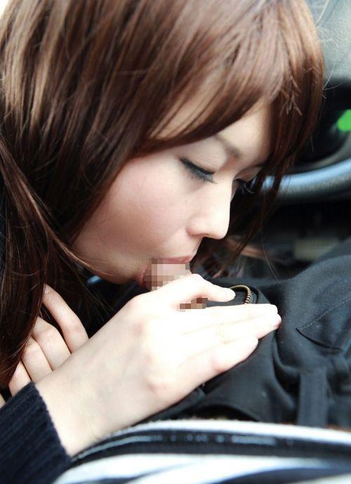 車内フェラをする女って絶対に変態だよなwwwwwwwwwwwwwww(画像あり)