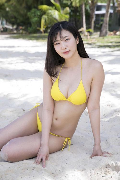 【福井セリナ( 慶応大学薬学部在学中)Fカップ巨乳グラビア】画像・動画