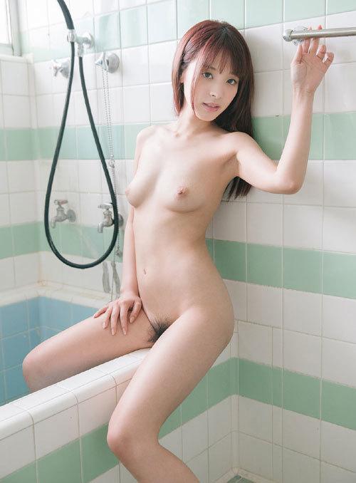桃乃木かなFカップ美乳おっぱい107
