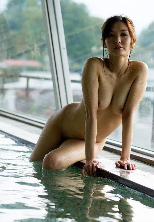 露天風呂でお姉さんのおっぱいで癒やして欲しい5