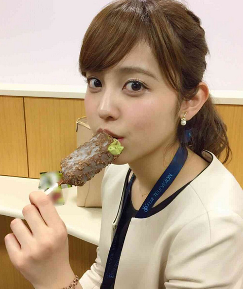久慈暁子アナ、パンパンに膨れ上がった爆乳の破壊力wwww