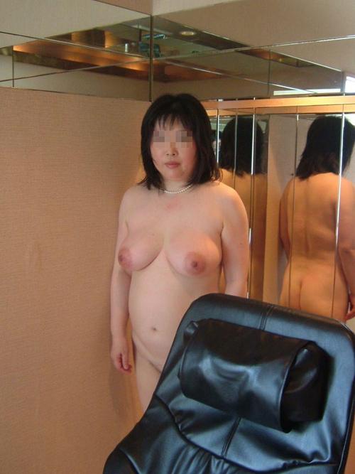 【熟女ヌード】友達のオカンみたいな素人ババアの裸が見たいw 画像27枚