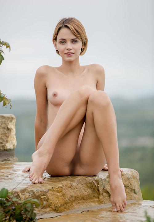 外国人ヌード画像。迫力ある裸体が芸術的。画像100枚