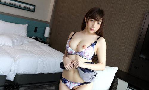 逢沢まりあGカップ美巨乳おっぱい32