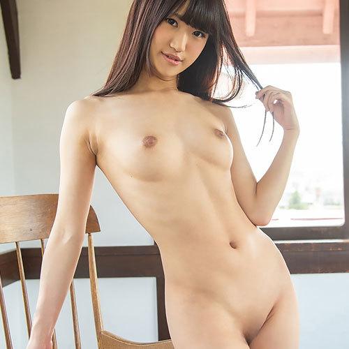 阿由葉あみ 乳首を勃起させてる敏感そうな美乳おっぱいに見惚れちゃう
