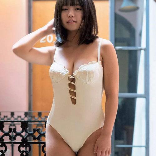 大原優乃(19) こんな可愛らしい顔しておっぱいはこんなにも成長してます