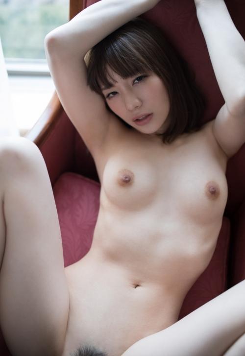 鈴村あいり 美女と2人だけでとろけ合うスロ~セックス動画。こういうのがイイんだよ。