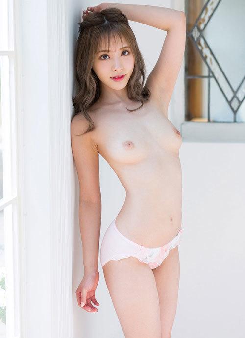 桃乃木かなFカップの美巨乳おっぱい31