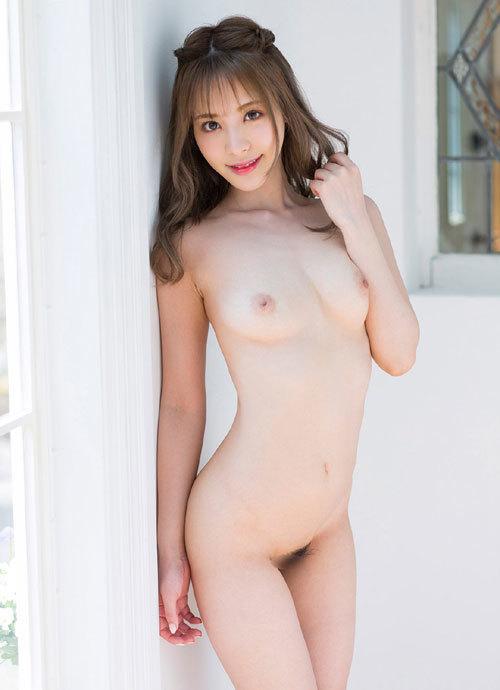桃乃木かなFカップの美巨乳おっぱい34