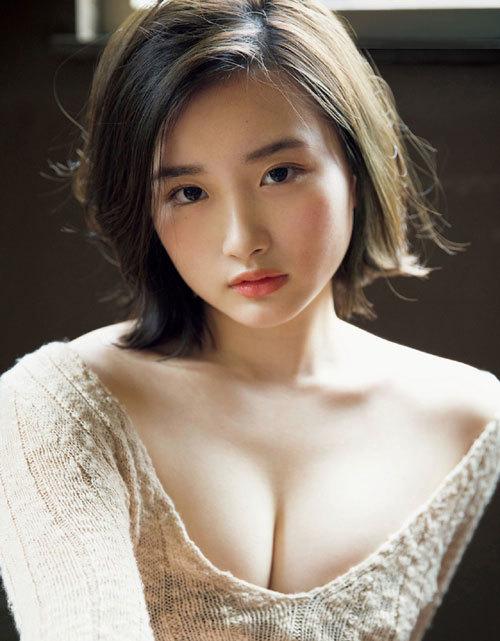 安倍乙の圧倒的透明感なビキニ美少女のおっぱい53