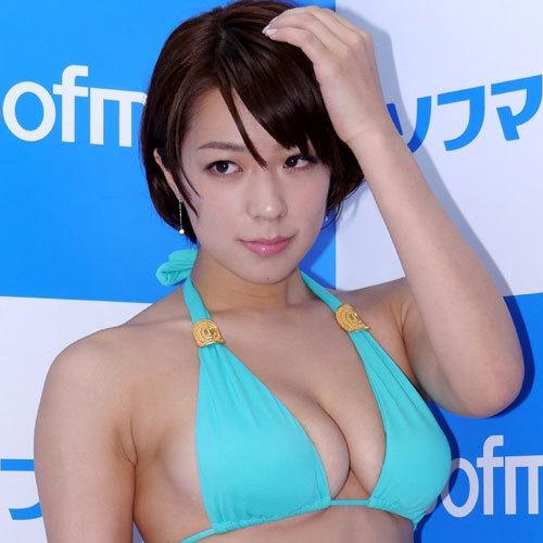 小瀬田麻由 髪を切ったらおっぱいがムッチムチで何だかエロくなってる