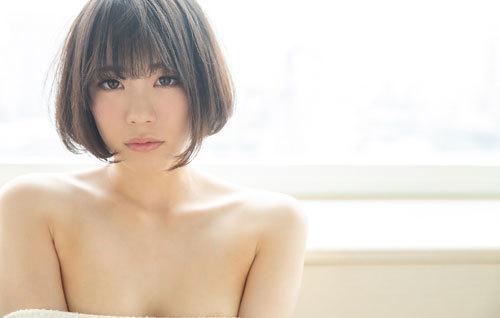 鈴村あいりDカップの美乳おっぱい10