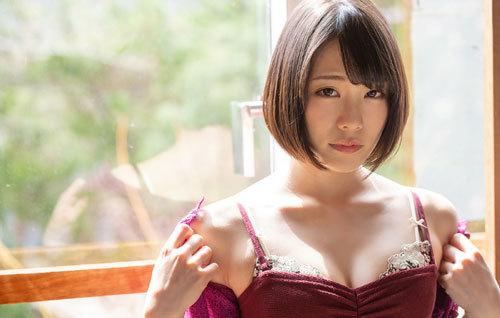 鈴村あいりDカップの美乳おっぱい26