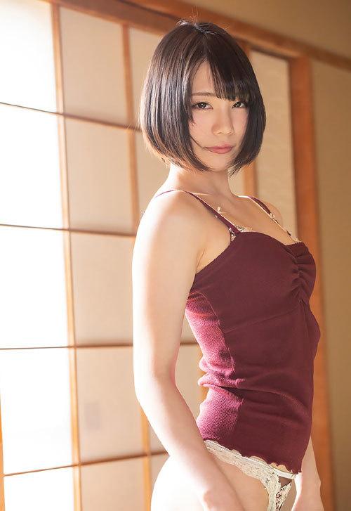 鈴村あいりDカップの美乳おっぱい34