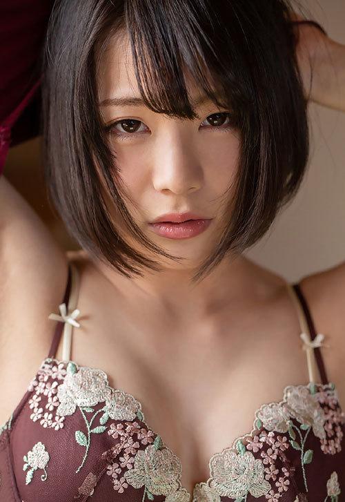 鈴村あいりDカップの美乳おっぱい38