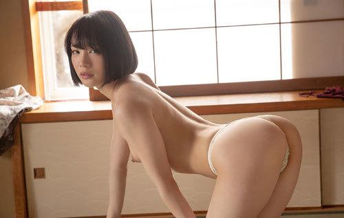 鈴村あいりDカップの美乳おっぱい44