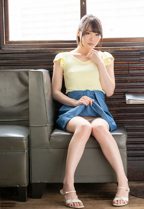 鈴村あいりDカップの美乳おっぱい88