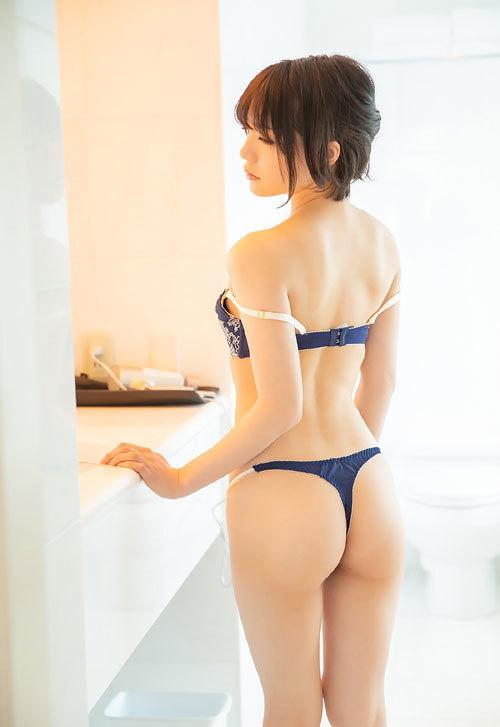 鈴村あいりDカップの美乳おっぱい104