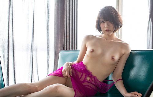鈴村あいりDカップの美乳おっぱい133