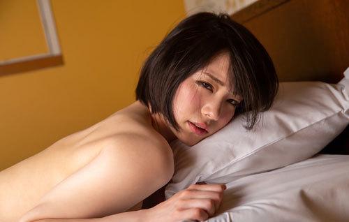 鈴村あいりDカップの美乳おっぱい159