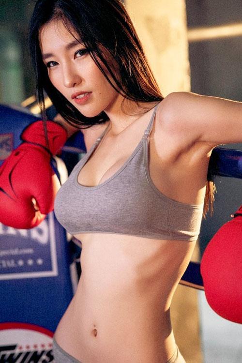 アジアン美人画像 エレガントで美しい