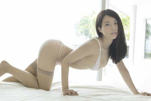 小瀬田麻由のFカップ柔らか美巨乳おっぱいに釘付け49