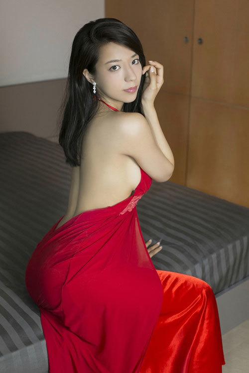 小瀬田麻由のFカップ柔らか美巨乳おっぱいに釘付け85