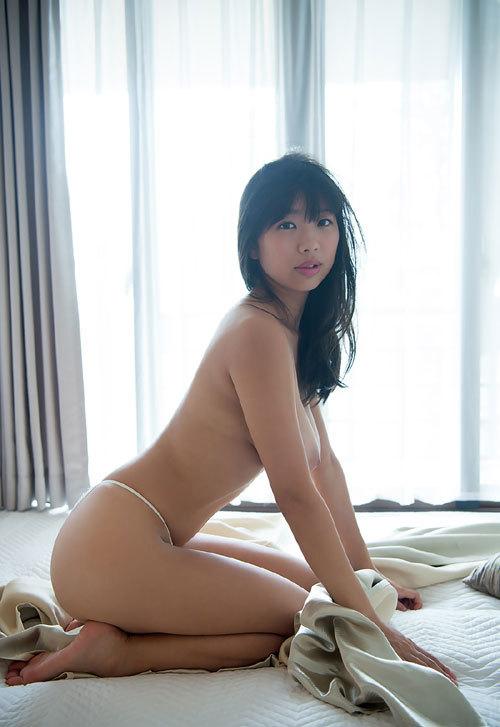 桐谷まつりIカップ美爆乳おっぱい84