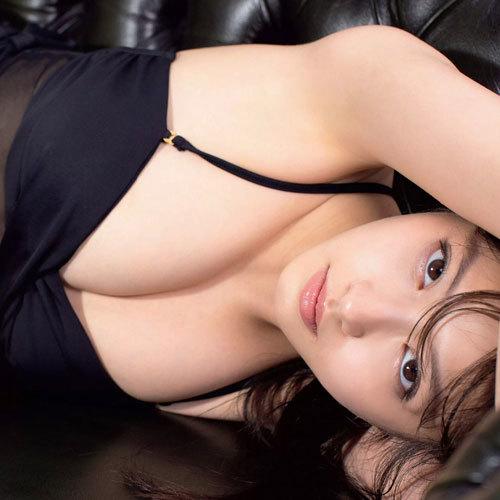 今田美桜 福岡で一番可愛い女の子から国民的女優に成長したおっぱい
