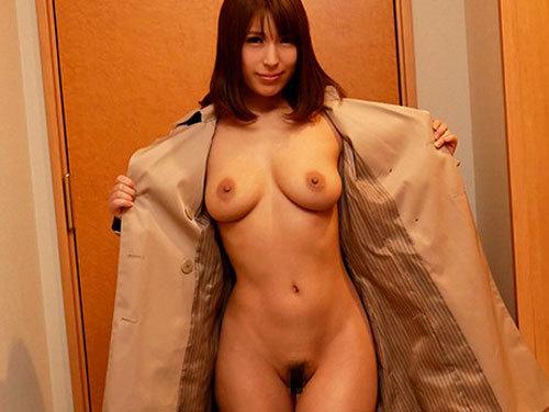 星野ナミ 巨乳美人妻が入室即全裸の即尺人妻デリで暴走客に犯される