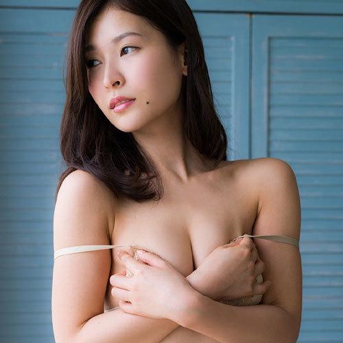 和久井雅子 平成最後の愛人の手ブラで隠したおっぱいが気になっちゃう