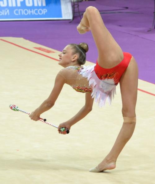 女子新体操でカメラマンの有能ぶりがわかるアングルがコチラwwwwwwwwwww(画像あり)