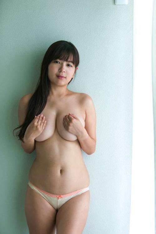 【松川悠菜(Hカップ爆乳)お色気グラビア】画像・動画