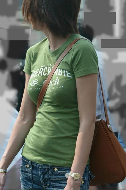 【パイスラ】素人貧乳女子の街撮りパイスラ画像29枚