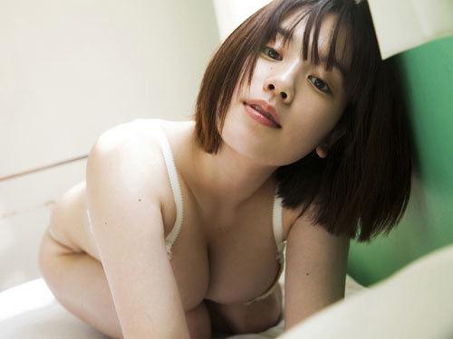 筧美和子ちゃんのブラから溢れる爆乳おっぱい32