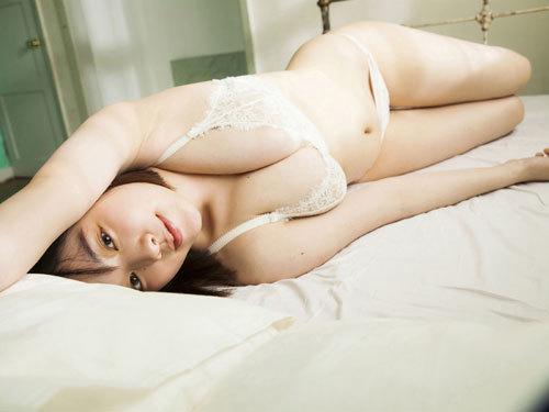筧美和子ちゃんのブラから溢れる爆乳おっぱい35