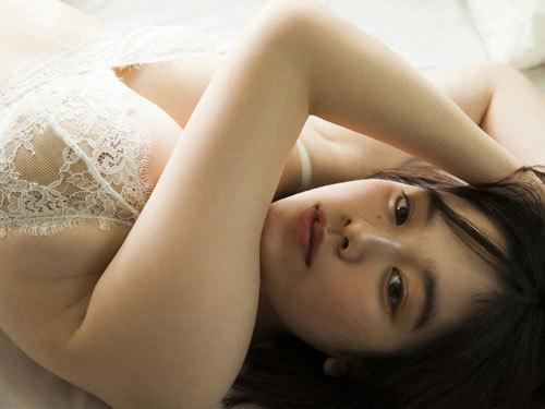 筧美和子ちゃんのブラから溢れる爆乳おっぱい36