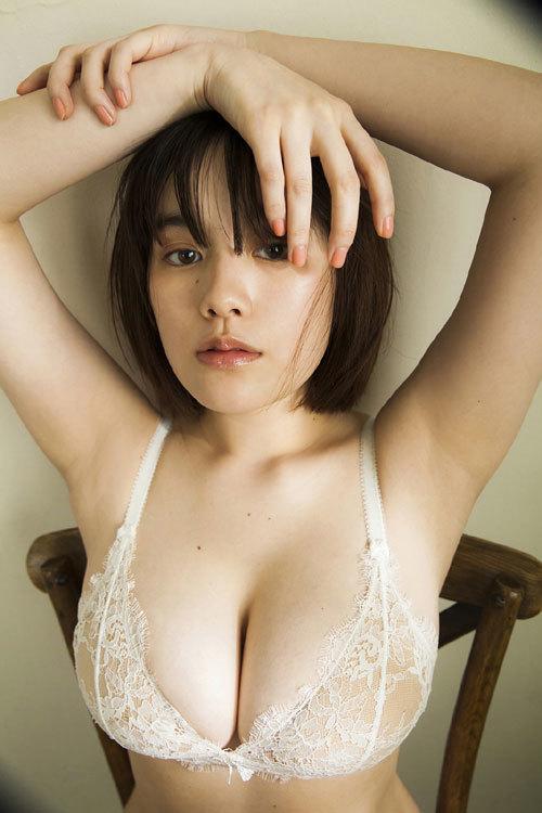 筧美和子ちゃんのブラから溢れる爆乳おっぱい38