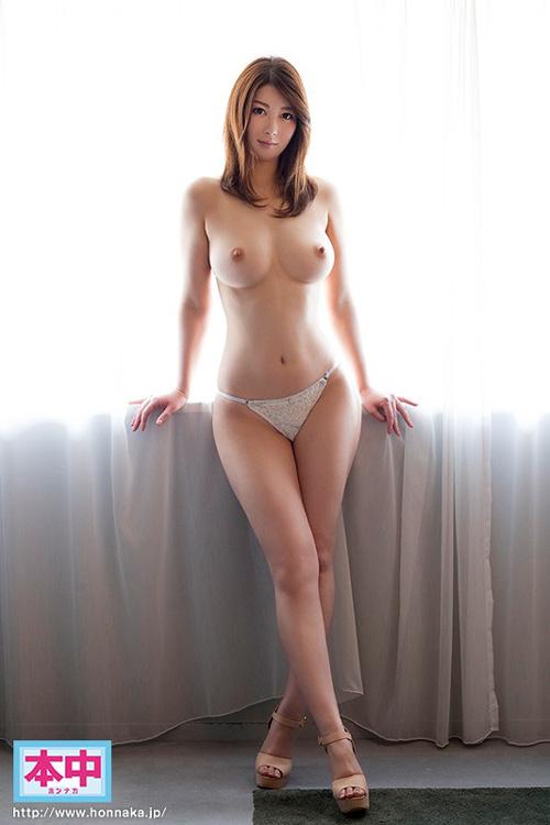 篠原友香(枝東ゆかり)ド変態ドMな性癖のGcup巨乳人妻エロ画像38枚