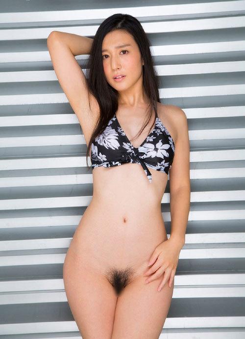 古川いおりCカップの美乳おっぱい69
