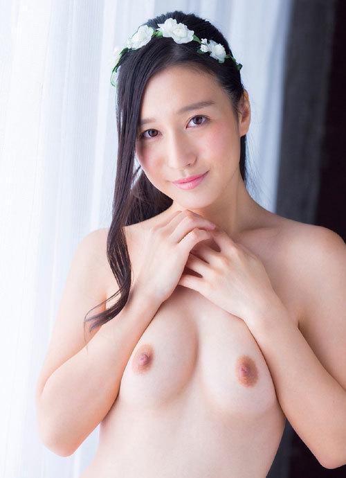 古川いおりCカップの美乳おっぱい89