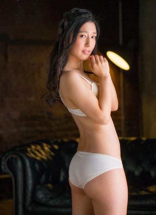 古川いおりCカップの美乳おっぱい95