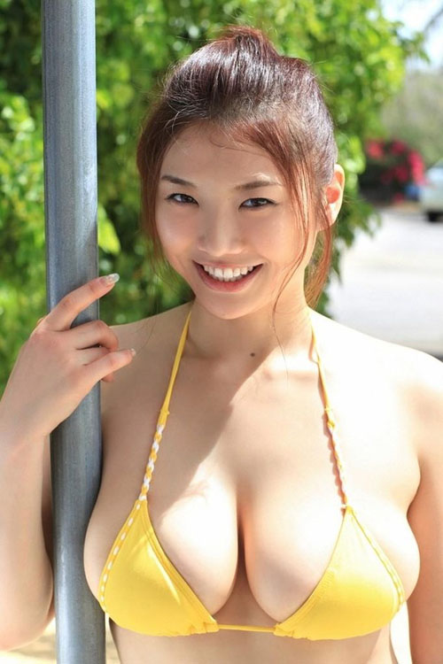 おっぱい番長 相澤仁美を超えるエロボディを持ったグラドルって未だ現れてないよな