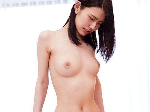 泉ゆり 身長175cmスーパーモデル級の美乳スレンダー美少女AVデビュー