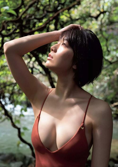 佐藤美希(25) ぷりっと美乳な色白Fカップ。