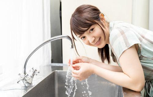 成宮りかEカップ美乳おっぱい58
