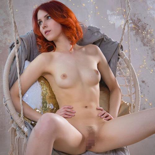 赤毛ロシア美女がピンク乳首に整い過ぎでガチで人形みたいなんだが…