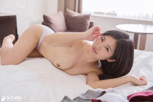 Aoi 彼女の醸し出すしっとり落ち着いた色気は愛読している官能小説から授かったものなのでしょうか