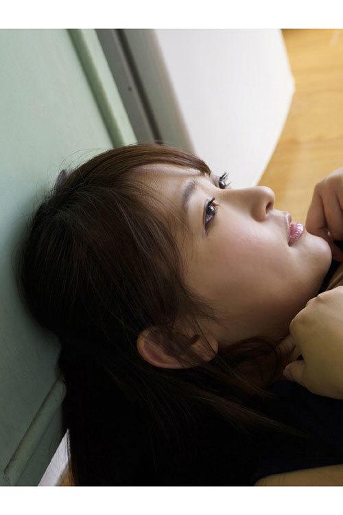 柳瀬早紀おっぱいデカ過ぎなヤナパイ夏のチチ祭り175