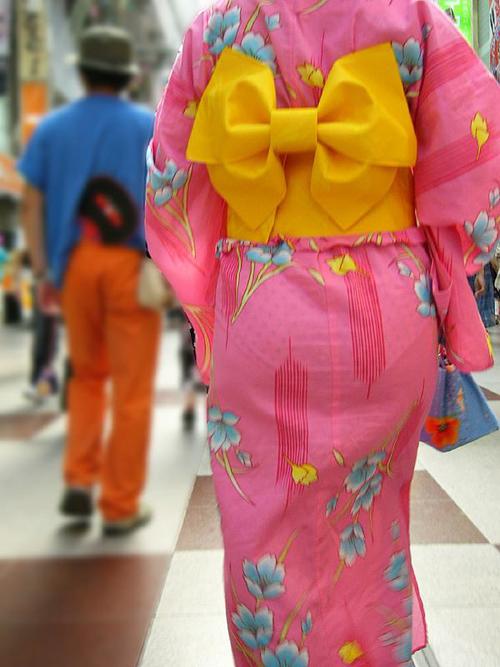浴衣の透けパン!花火大会や夏祭りに出掛けた素人の恥ずかしい姿 画像18枚